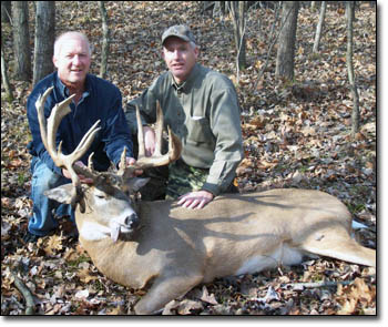 Brian Smith, Mark Smith - trophy buck kill