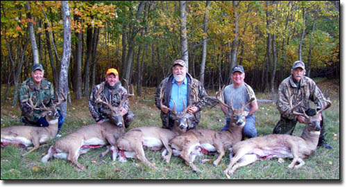 Big Michigan Trophy White-Tail Bucks